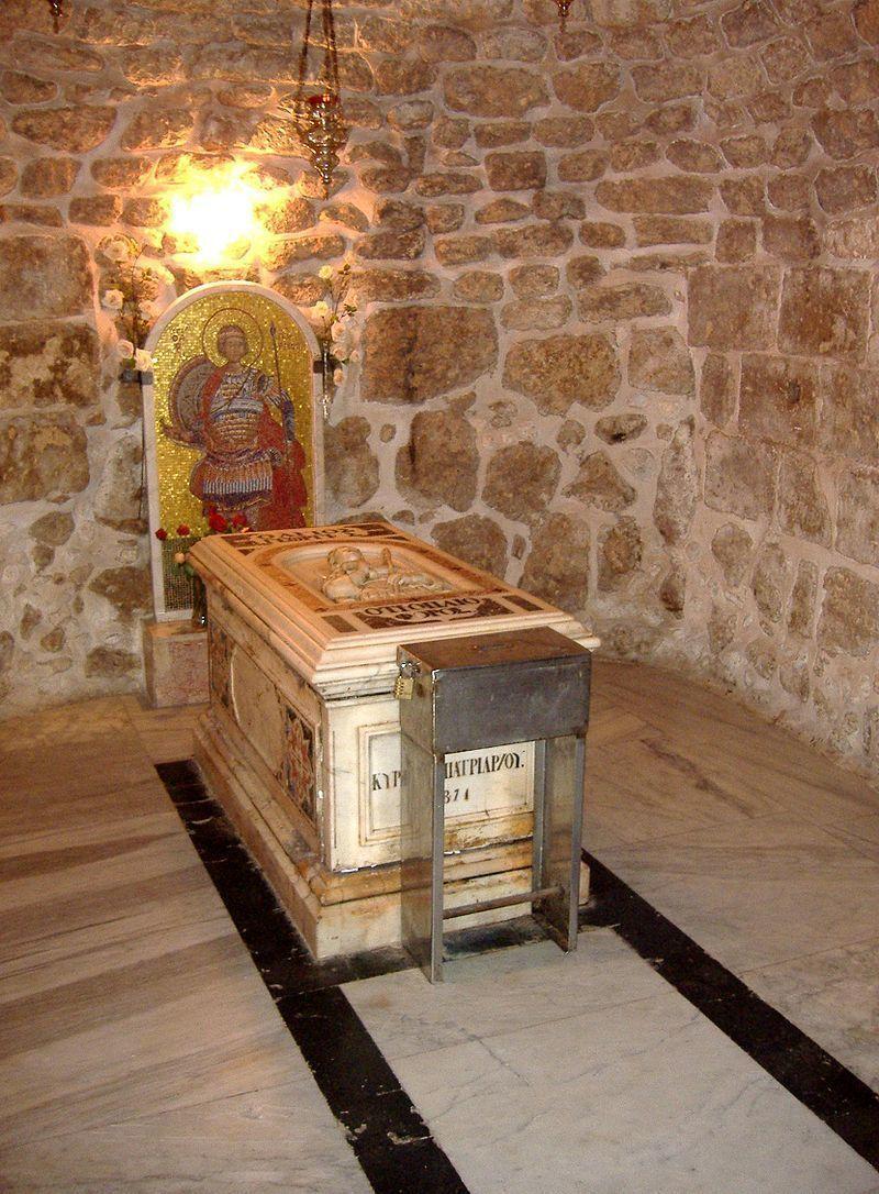 В Петербург привезли частицу мощей великомученика Георгия Победоносца